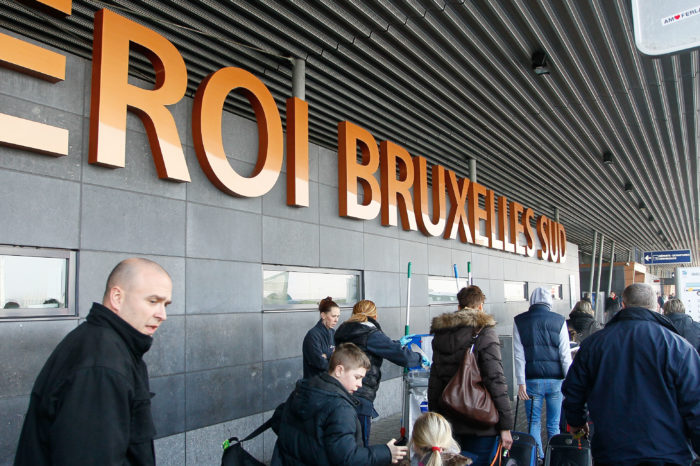 Brussels South Airport: people mover to connect to train