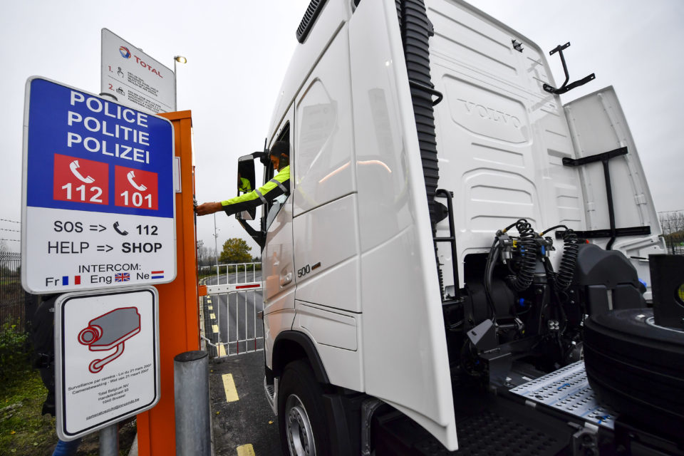 First highly secured lorry parking opened in Flanders - newmobility news