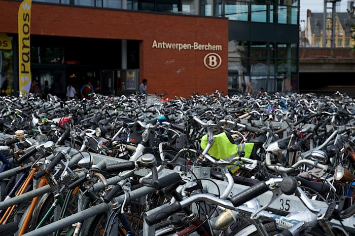 Parking stress, now also for bikers