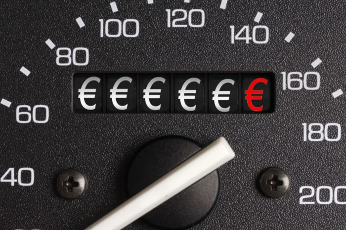 EU considers 'Car-Pass' to stop tampering with odometers