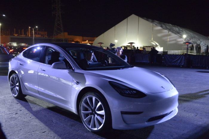Further delay for production of Tesla Model 3