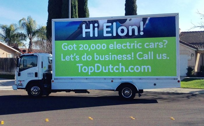 Holland wants to seduce Elon Musk on billboards