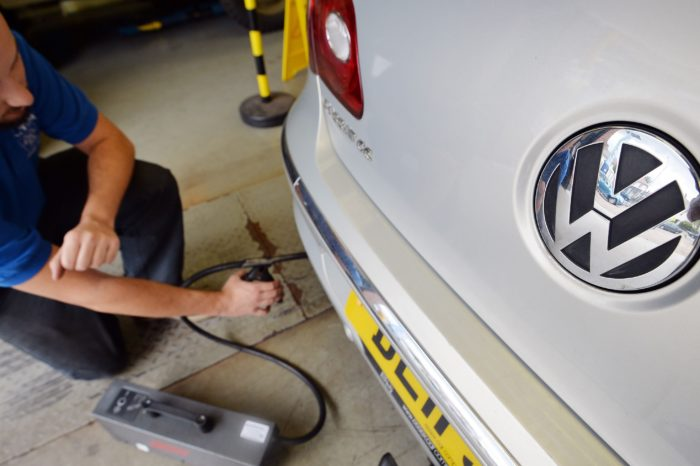 Recalled VW's still fail to pass emission tests
