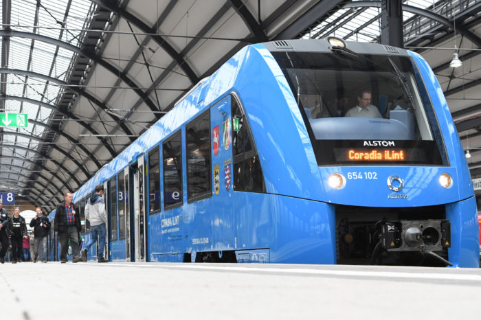 'Ghent harbour to consider hydrogen trains'