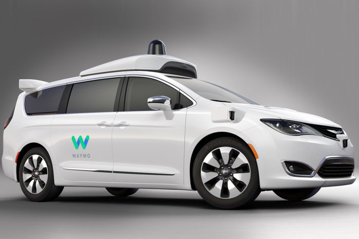 Waymo expands robot taxi fleet with 62.000 Chrysler minivans