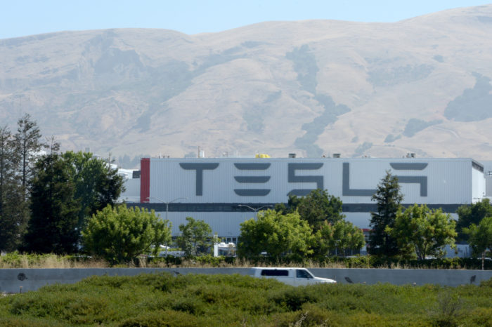 9% of Tesla personnel has to leave