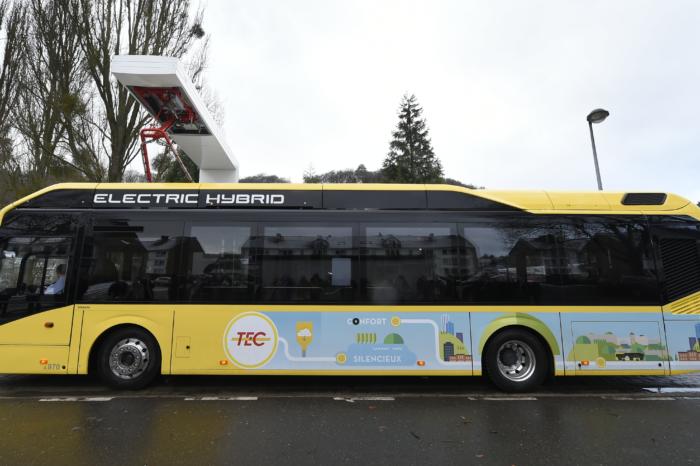 TEC hybrid buses burn 25% more diesel than budgeted