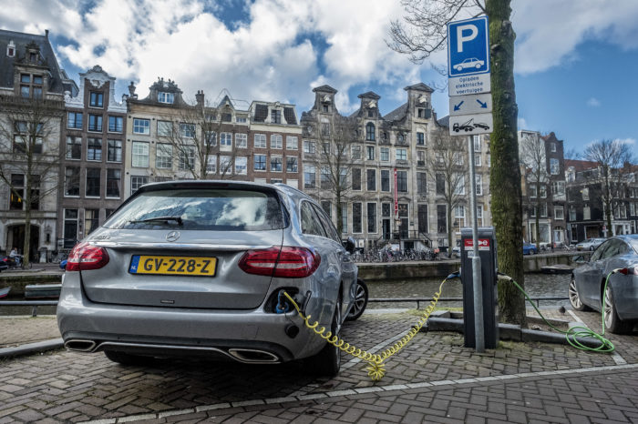 Price of public charging often unclear