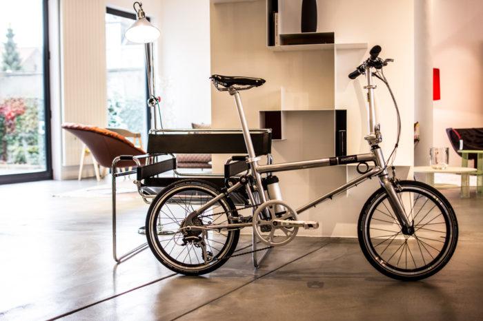 Brussels lightweight e-bike Ahooga to go worldwide
