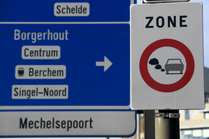 Antwerp and Ghent go after Dutch and French traffic offenders