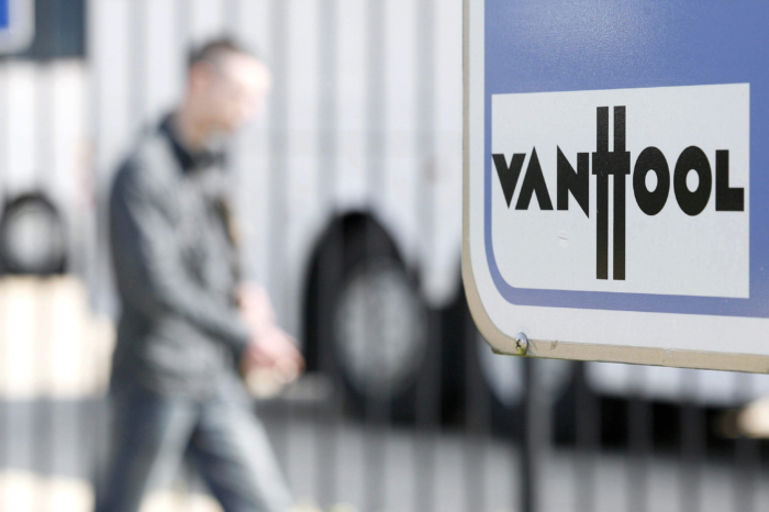 Bus maker Van Hool loses money in Belgium, but wins in Macedonia