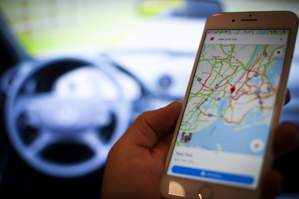 Is TomTom losing the 'dashboard battle'? - newmobility news