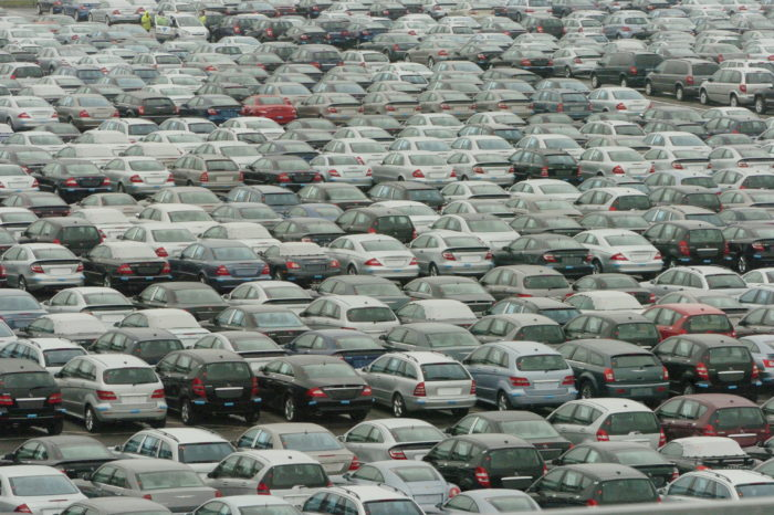 World's largest car terminal Zeebrugge prepares for e-car