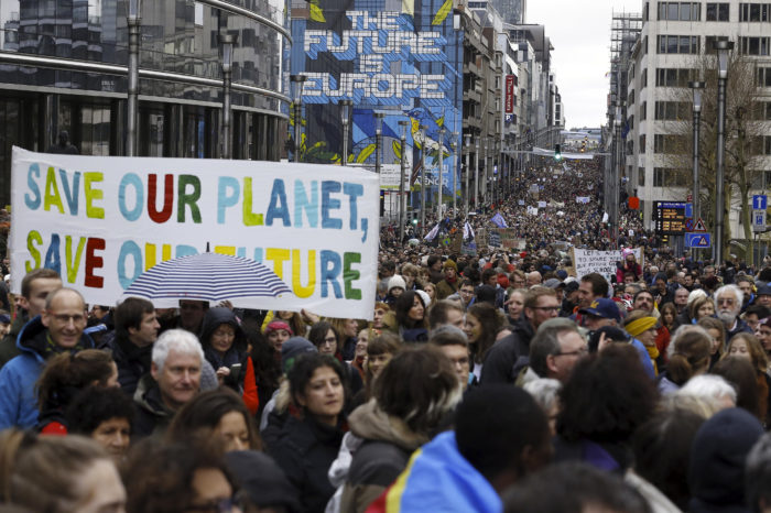 Brussels: biggest 'march for climate' ever