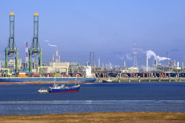 Mobility major problem of growing Port of Antwerp