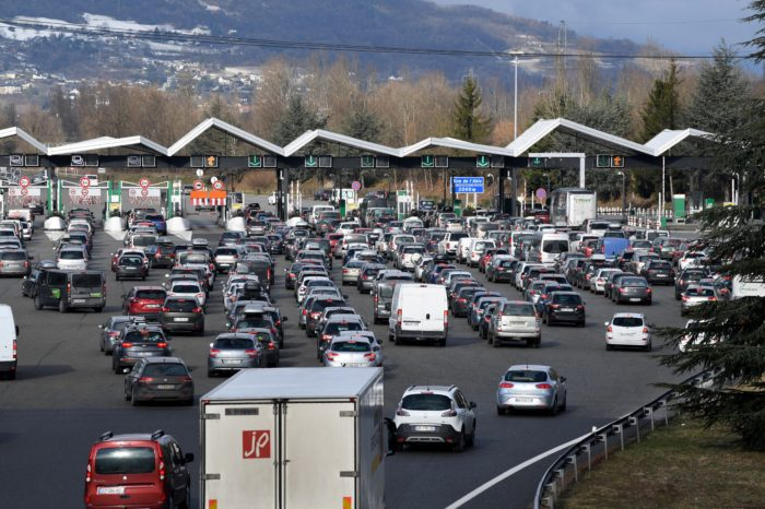 Motorway toll charges: frozen prices in France and soon free in Spain