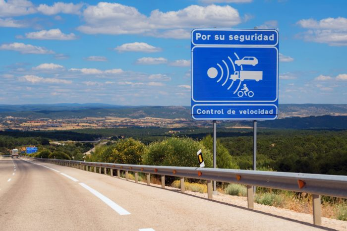 Spain reduces speed limit to 90 km per hour