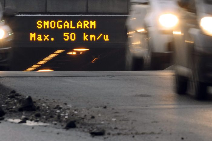 70% of drivers neglect dynamic traffic signs
