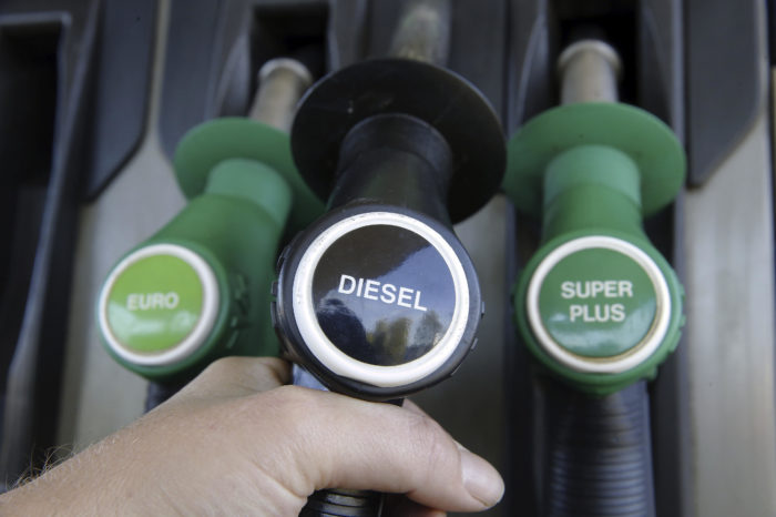 Belgium: diesel drops to 35%, EVs can't get started