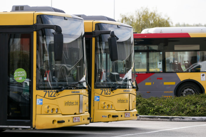 100.000 euro to update Walloon bus number plates