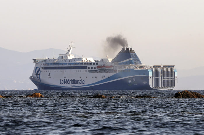 'Global sulphur limit for ships will save 140.000 lives'
