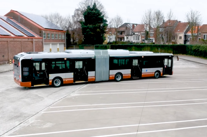 STIB/MIVB gets new Iveco hybrid buses
