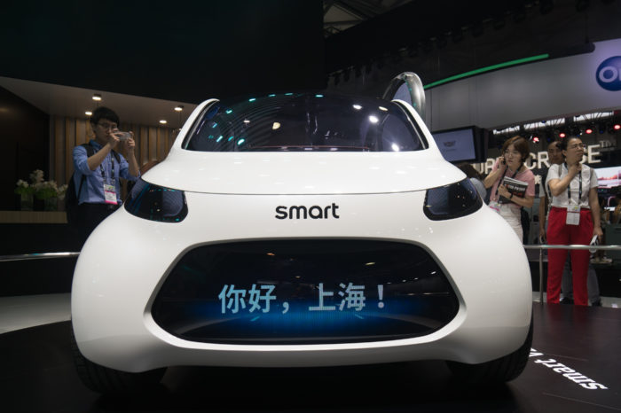 Daimler moves Smart to China to be built by Geely