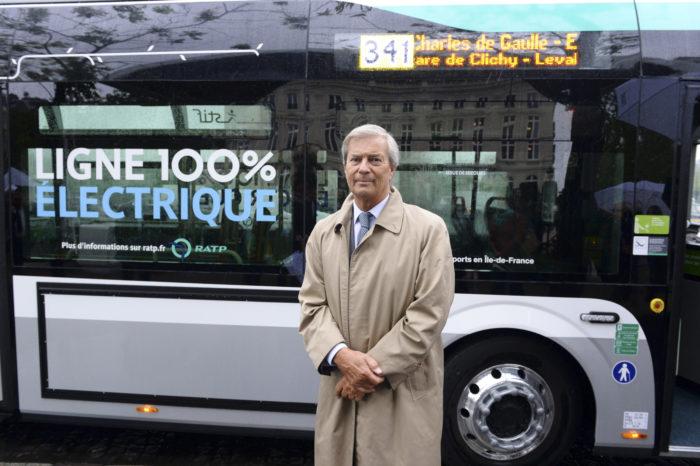 Paris public transport opts for 800 electric buses