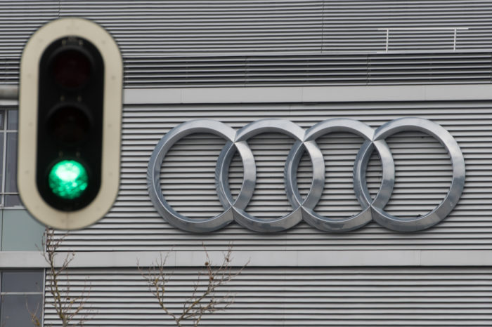 Audi to connect new models to traffic lights