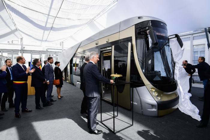 King unveils new generation of Brussels trams
