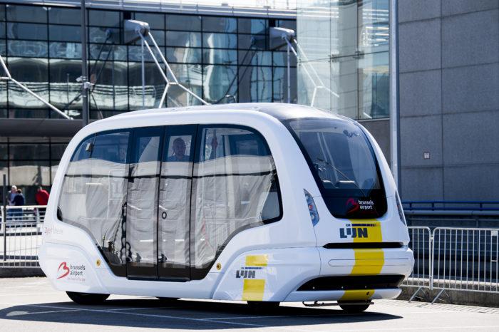 Brussels Airport shows autonomous electric bus