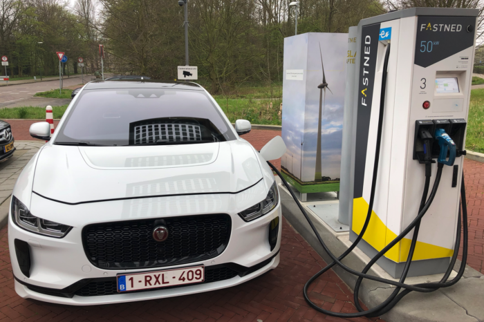 'Flanders seriously lagging behind in EV fast chargers'