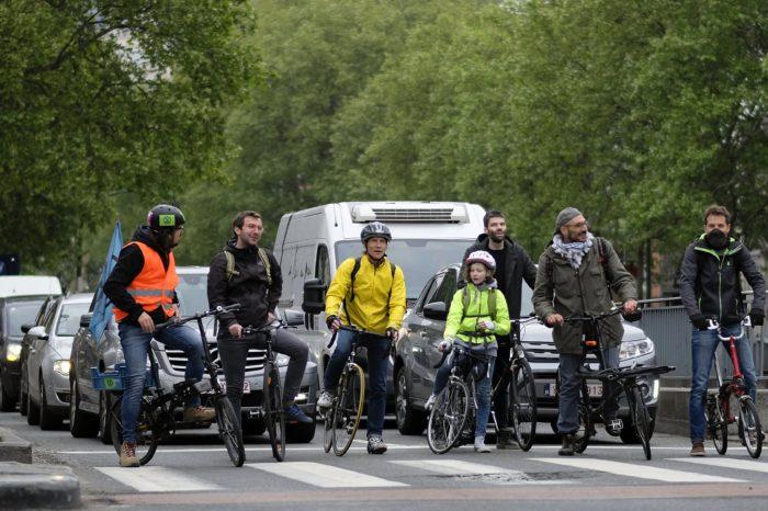 Cycling: 22 times cheaper than driving