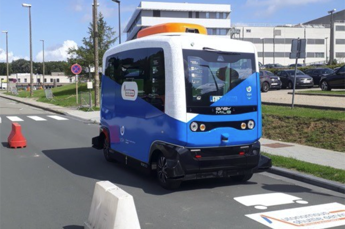 Autonomous shuttle for Brussels' university campus and hospital