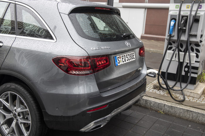 Plug-in hybrids can't convince