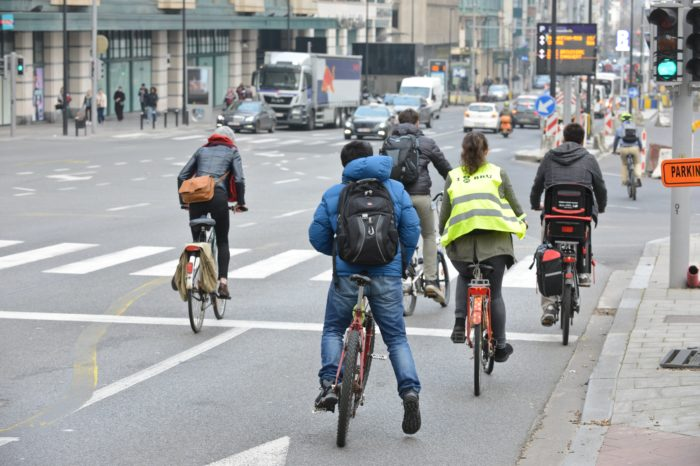 More cyclists reduce the risk of accidents