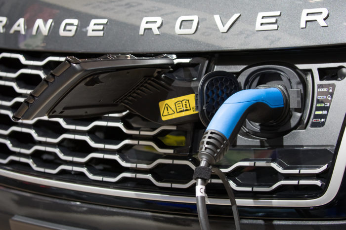 Belgium rounds cape of 100.000 hybrid cars