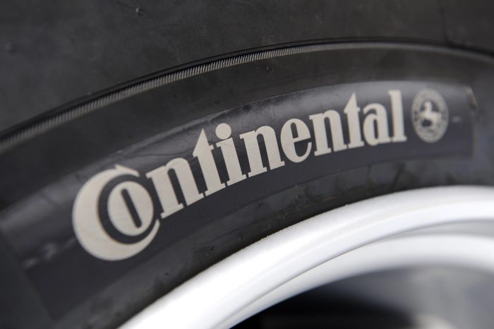 Continental and Michelin, two tire giants under pressure