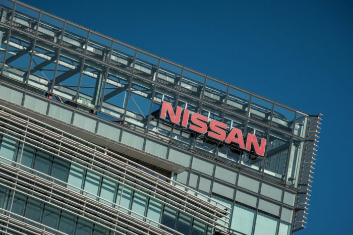 Nissan has new boss, Renault is looking for one