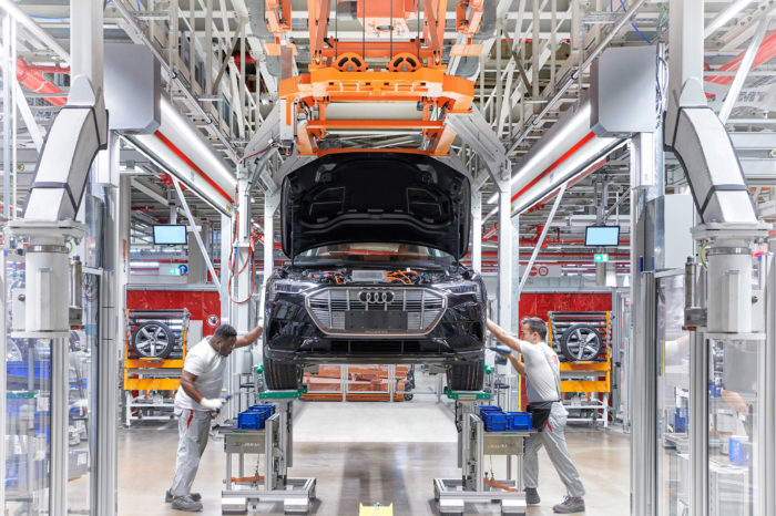 Audi's Chinese workers train in Brussels for e-tron production