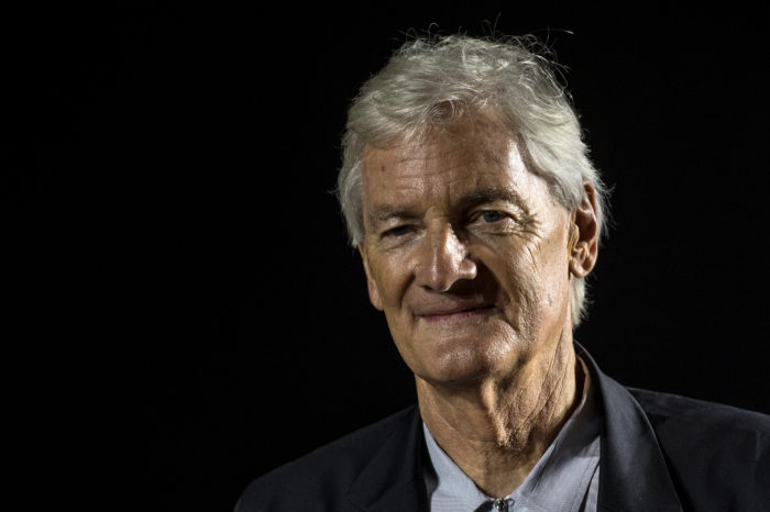 Dyson pulls the plug on his 'unsaleable' electric car