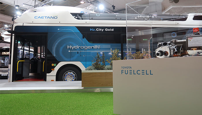 Caetanobus launches hydrogen bus with Toyota fuel cell