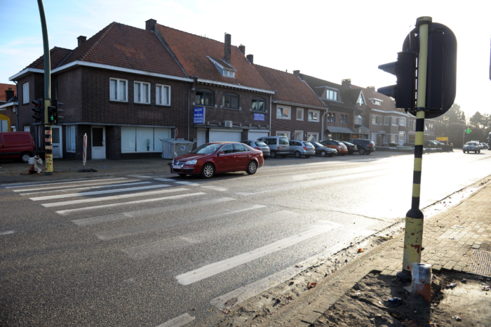 'More safety with fewer traffic lights at crosswalks'