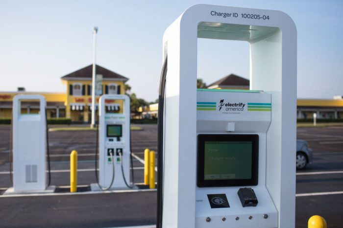 Ford and VW's Electrify America go for 12.000 charging stations