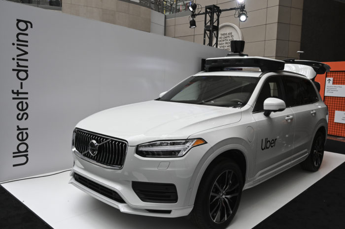 'Uber's self-driving car couldn't imagine pedestrians outside crosswalk'