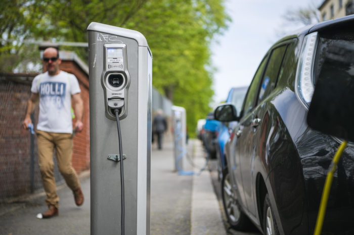 'Brussels needs 8.500 charging stations by 2035 instead of 17 today'