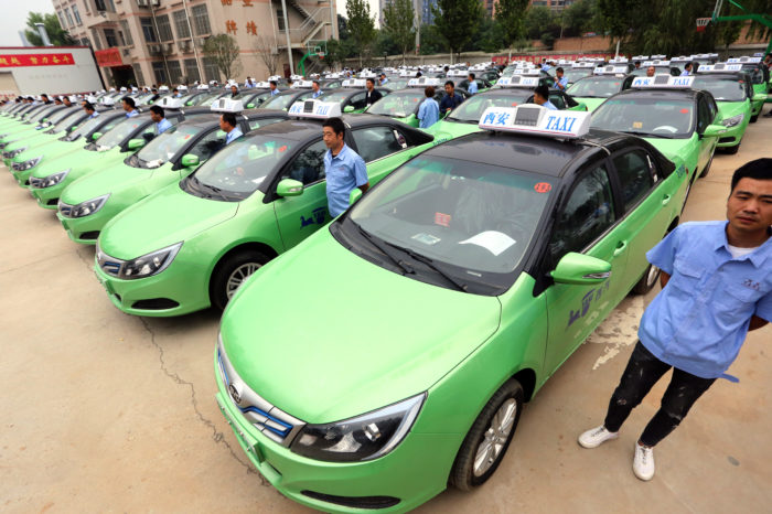 China wants 25% of EVs in 2025