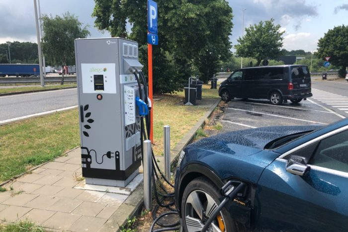Flanders: '13 additional fast-charging stations in 2020'
