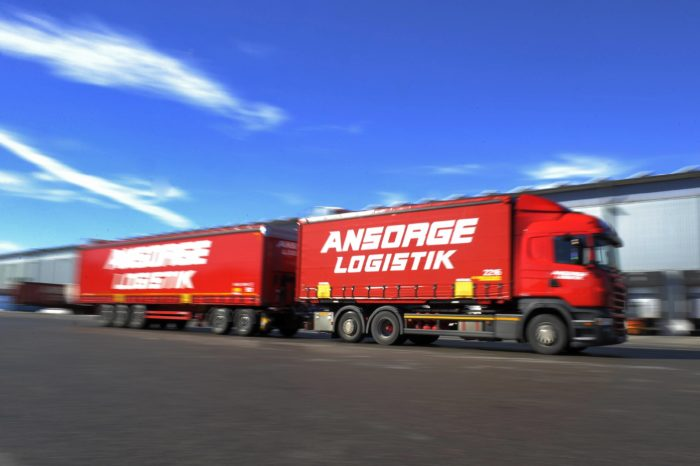 Dutch 32-meter-long super trucks to reduce CO2 by 27%