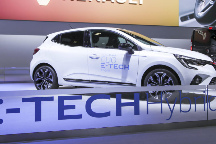 Brussels Motor Show sees growing interest in electric
